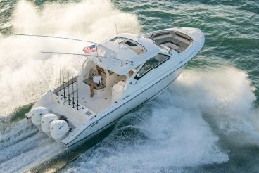 2020 Pursuit 365 Dual Console