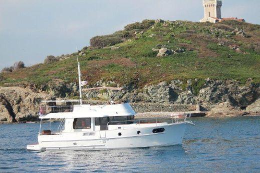 2015 Beneteau. Swift Trawler 44