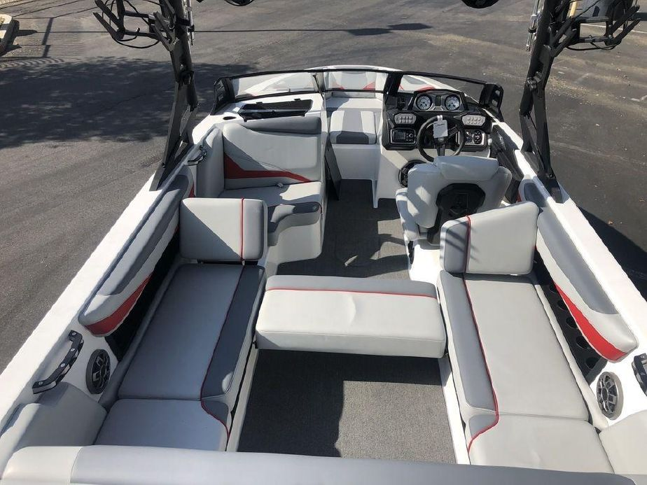 2019 Axis Wake Research T23 Power Boat For Sale - www