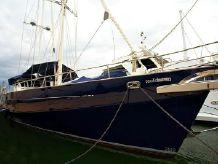 2005 Huntress Super Yacht
