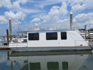 2001 Aqua Cruiser Houseboat 41