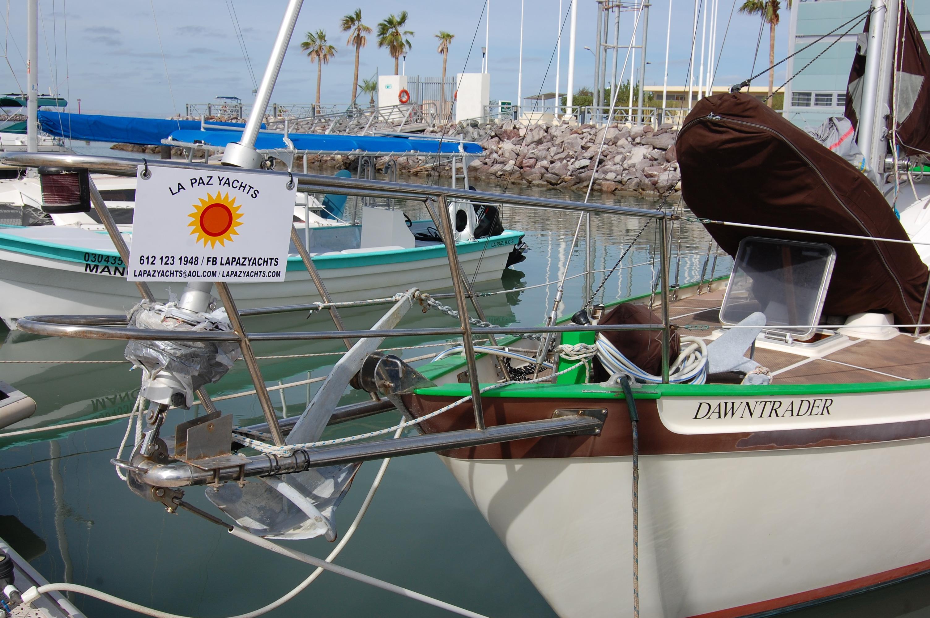 35' Tradewind 35+Photo 11