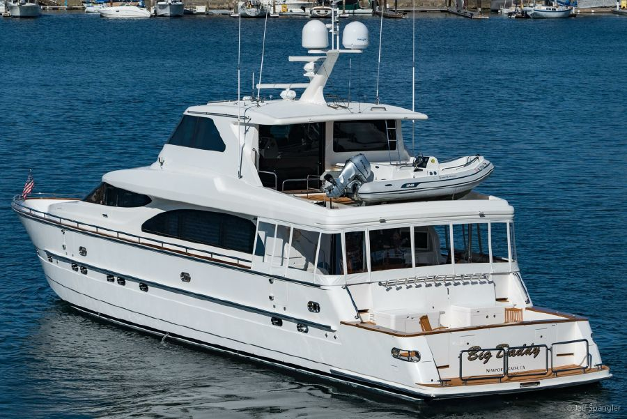 Horizon 82 Skylounge Big Daddy Yacht for sale