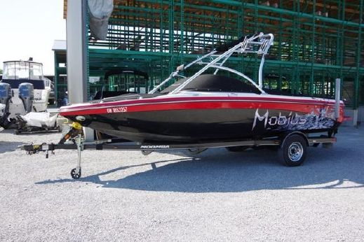 2009 Moomba Mobius LSV