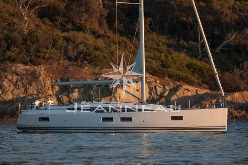 2017 Jeanneau 51 Yacht Series