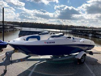2005 Yamaha Boats lx210