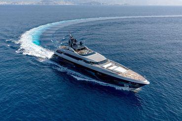 2017 Mondomarine Motor Yacht