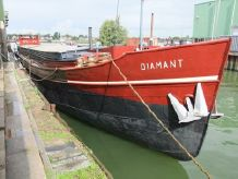 1935 Dutch Barge ex Freighter, Living ship