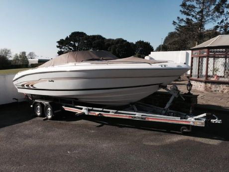 1998 Sea Ray 230 Bow Rider