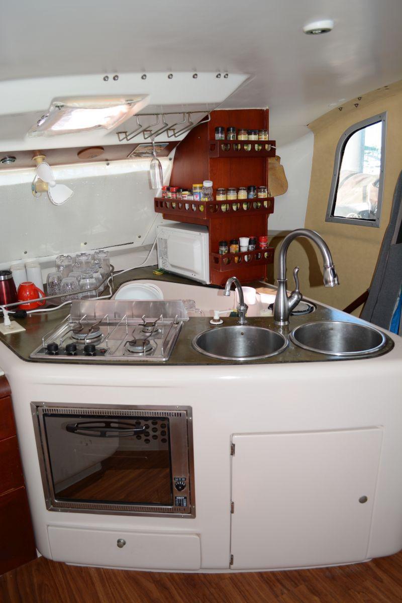 44' Fountaine Pajot Venezia 42+Engel fridge-freezer.
