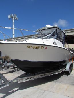 1997 Sport-Craft 252 Sportfish