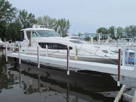 2005 Sea Ray 390 / 40 Motor Yacht