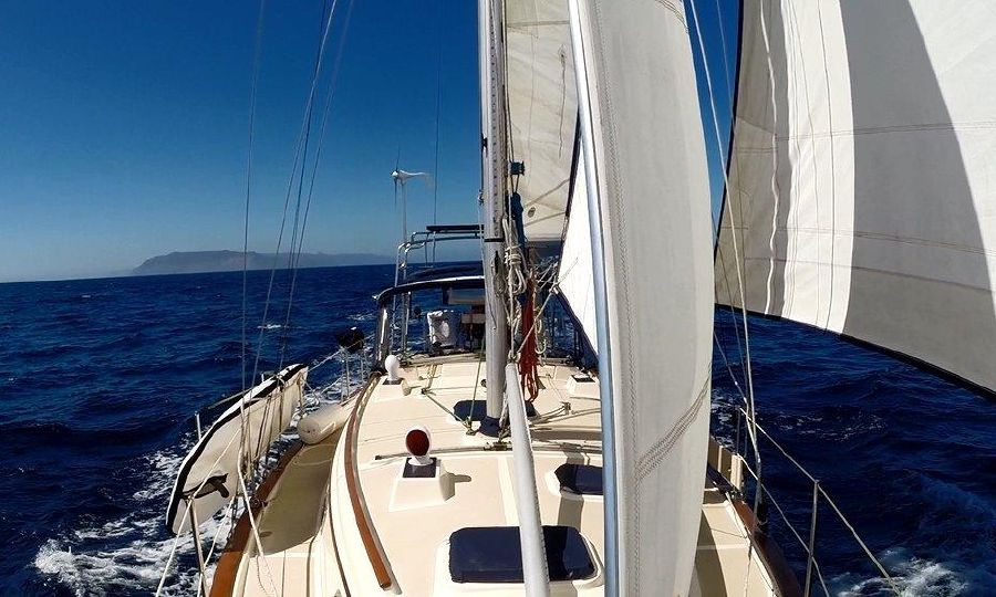 Island Packet 37 Sailboat for sale in California