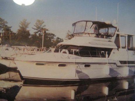 1989 Carver 38 Aft Cabin