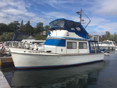 1980 Cheoy Lee 35 Sedan Trawler