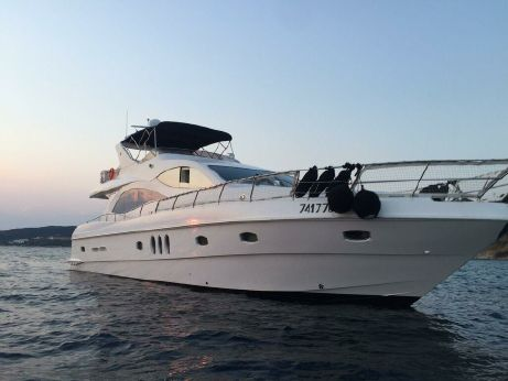 2010 Majesty Yachts 66