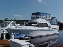 1990 Chris-Craft 427 CATALINA EXTRA CLEAN