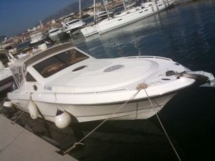 2006 Wellcraft 352 Sport