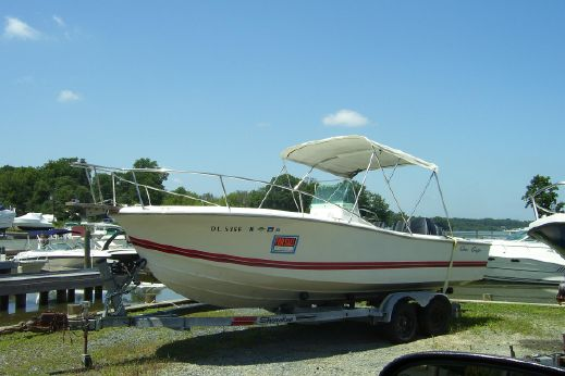 1990 Chris-Craft Sea Hawk 213 Center Console
