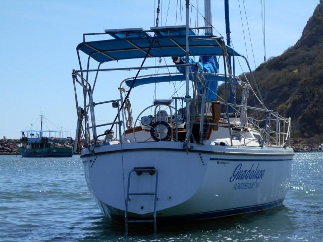 34' Catalina +Photo 6