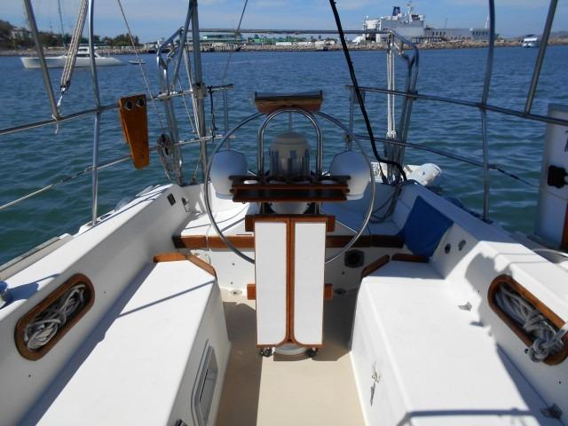 34' Catalina +Photo 16