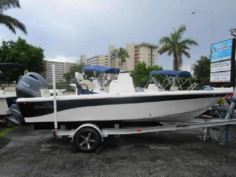 2016 Nautic Star 2110 SPORT