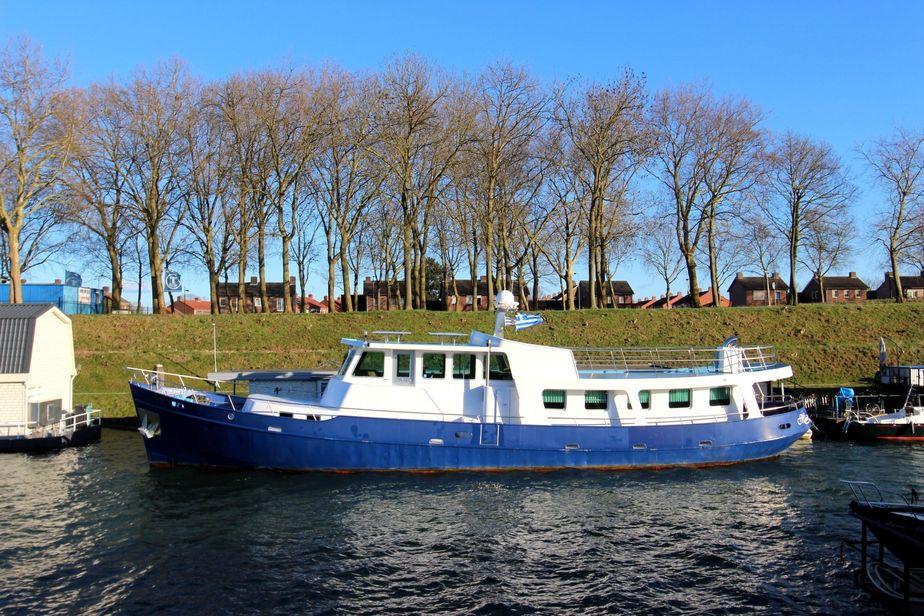 1953 custom dutch built trawler 24.50