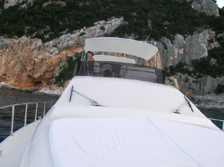 2012 Ferretti Yachts 551