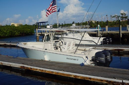 2013 Sailfish 270 CC