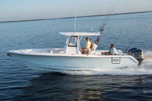 2018 Sea Hunt Gamefish 30 With Forward Seating