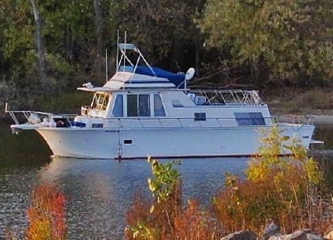 1974 Boatel 40 Flybridge