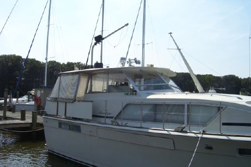1972 Chriscraft 41 Commander