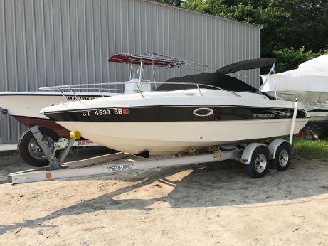 2006 Stingray 220 CS