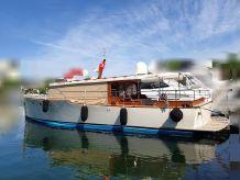 2008 Custom Classic Commuter Yacht