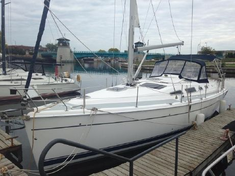 2004 Hunter Marine 41AC
