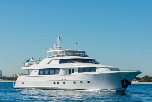 2009 Westport Raised Pilothouse Motoryacht