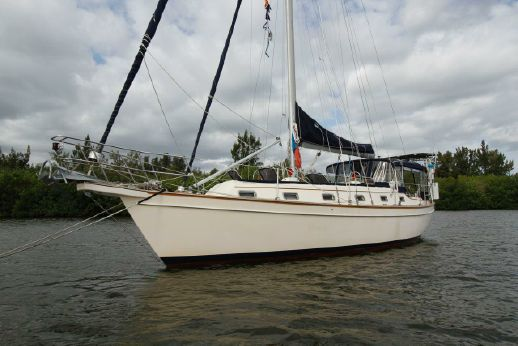 1998 Island Packet 40