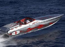 2010 Cigarette Racing 42' X