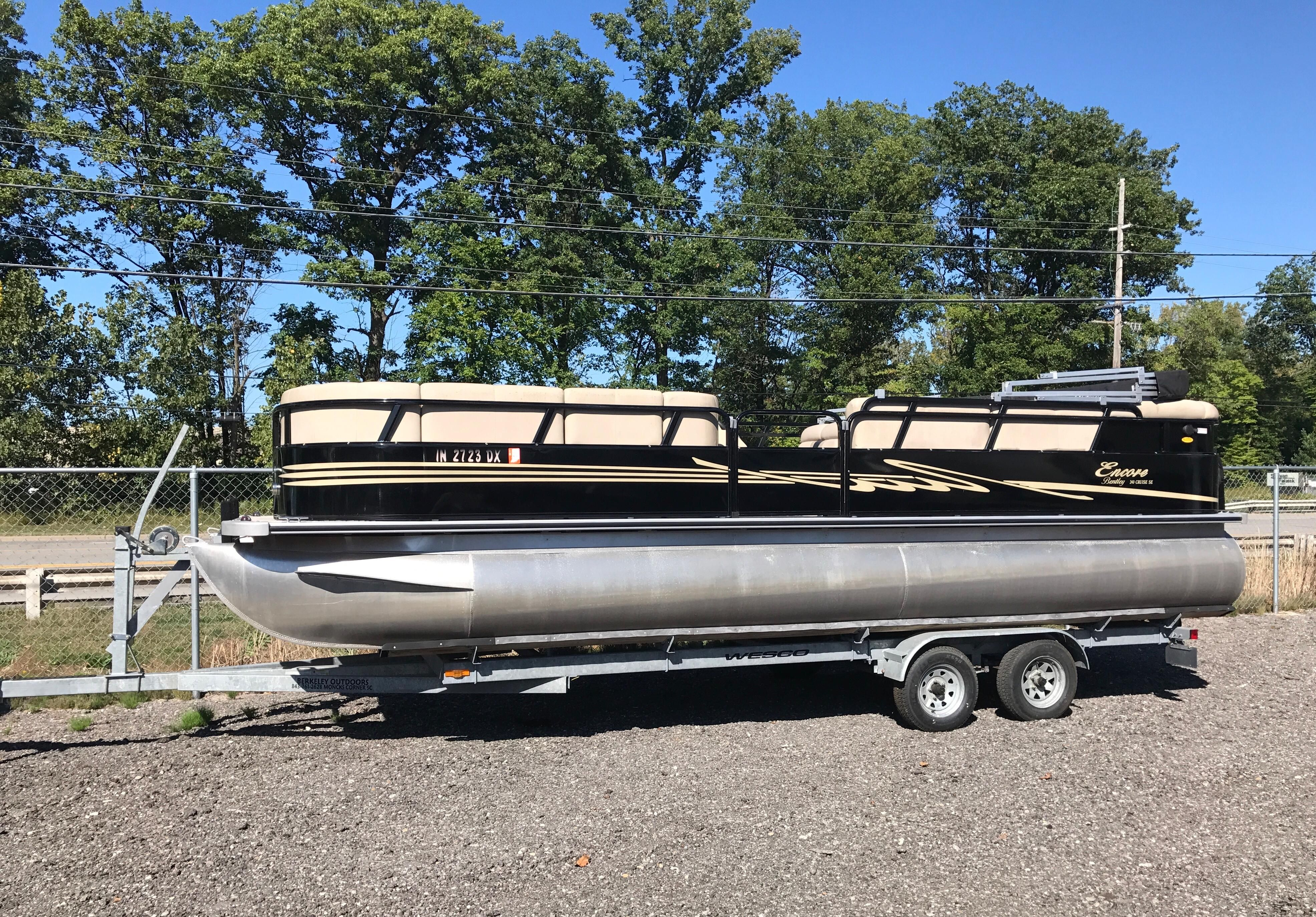 bentley dsc pontoon and gulf lake to dealers trailers cruise marine description