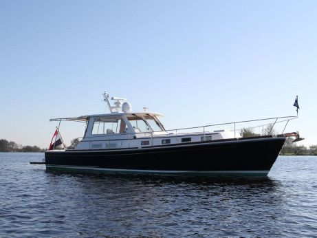 2002 Grand Banks Eastbay 43 HX