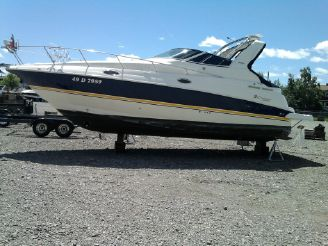 2004 Cruisers Yachts 280 CXi Express