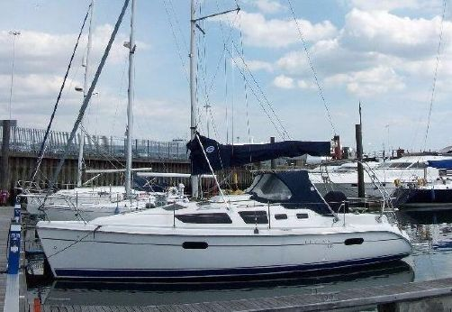 2003 Hunter Legend 326 Bilge Keel