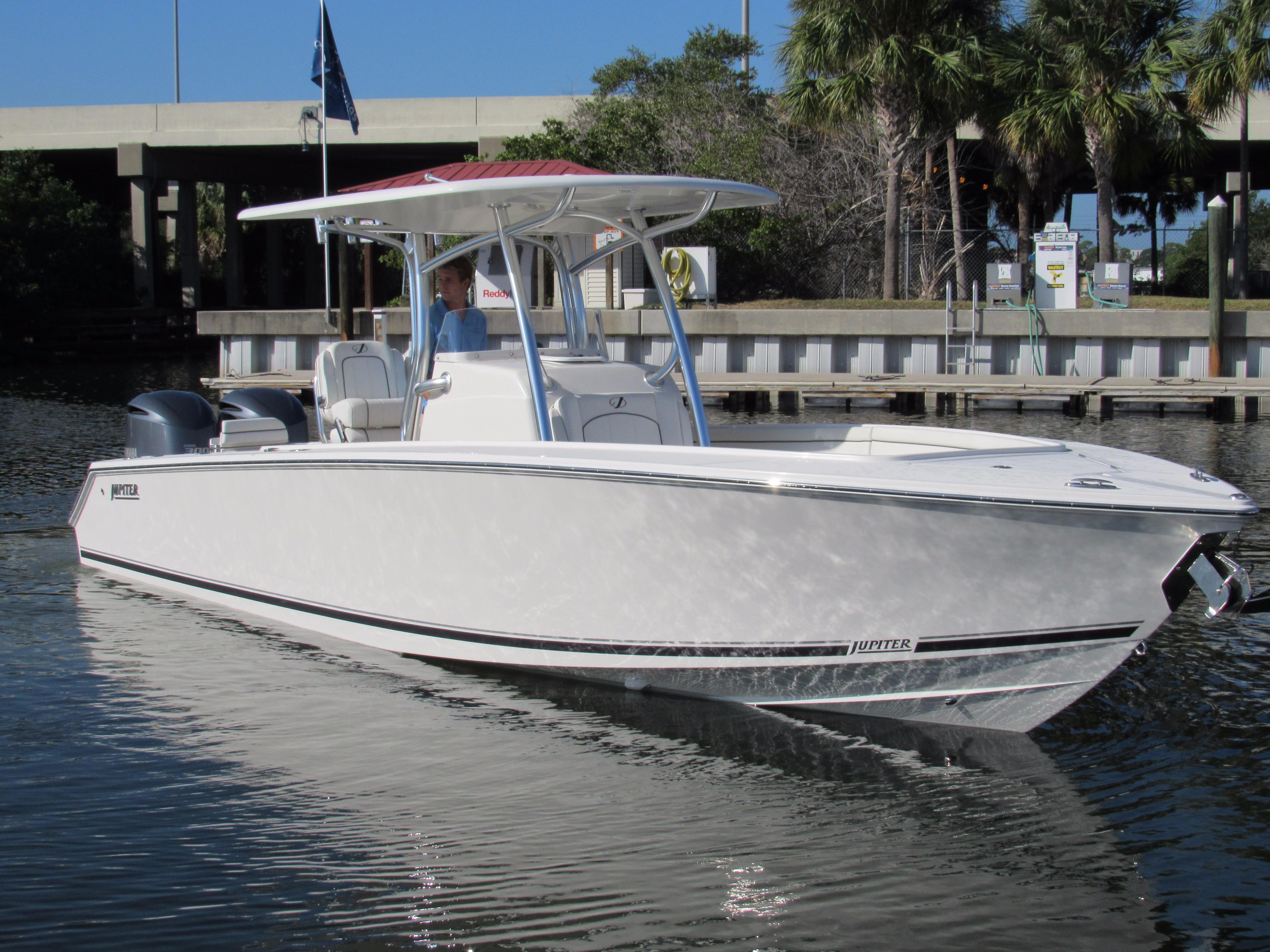2017 Jupiter 30 HFS Power Boat For Sale