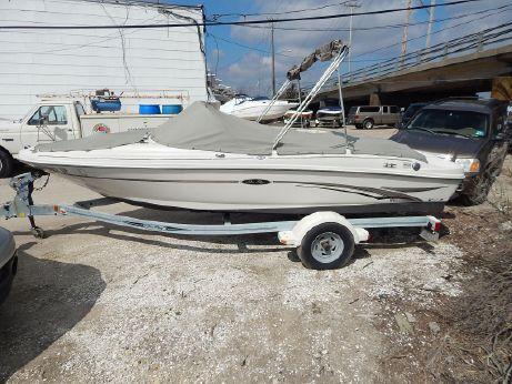 2002 Sea Ray 176 BR