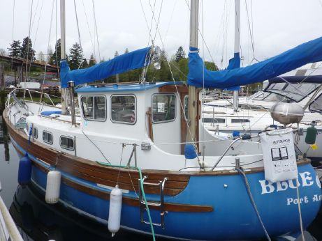 1974 Fisher 30 Pilothouse