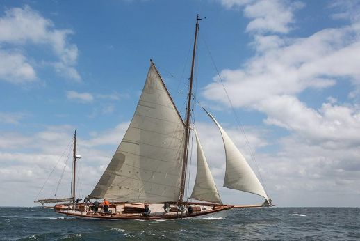 1890 Custom-Craft Classic Yawl