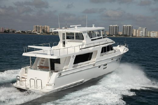 2016 Hampton Endurance 600 Modified Skylounge