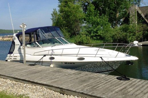 2002 Cruisers Yachts 3075 Express w/Diesels