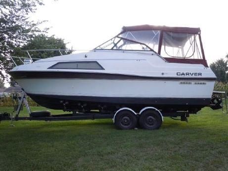 1987 Carver Montego 2657