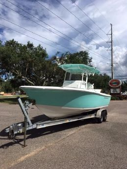 2018 Clearwater 2508 CC (Sea Foam Green)